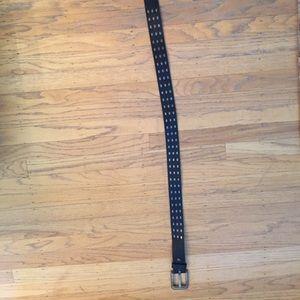 Levi's women's belt; metal inlay